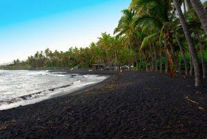 Черен пясък