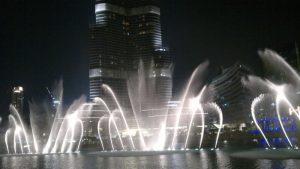 Фонтан в Дубай